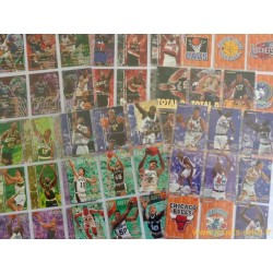 Lot 70 cartes NBA Fleer 95-96 série 1