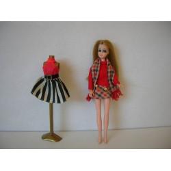 Mini poupée mannequin Dawn - 1970