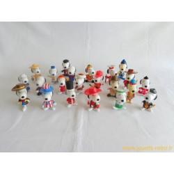 Lot figurines Snoopy autour du monde McDonald's