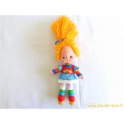 """Poupée """"Blondine au Pays de l'Arc en Ciel"""" Mattel 1983"""