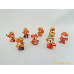 "lot figurines Kinder ""Leoventuras"""