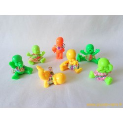 """""""Les Babies"""" lot de 7 figurines couleur + habits"""
