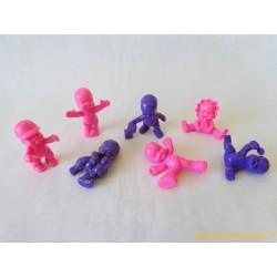 """""""Les Babies"""" lot de 7 figurines rose violet"""