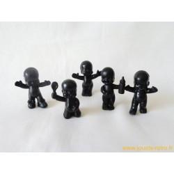 """""""Les Babies"""" lot de 5 figurines noires"""
