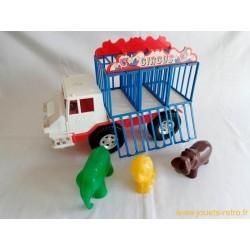 Camion des animaux du cirque MOB