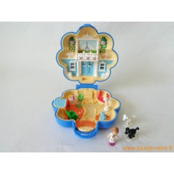 Fifi's parisian apartment Polly Pocket 1990