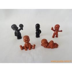 """""""Les Babies"""" lot de 5 figurines marron noir"""