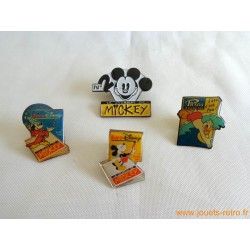 "lot pin's ""Journal de Mickey Euro Disney"""