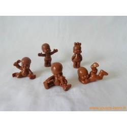 """""""Les Babies"""" lot de 5 figurines marron"""