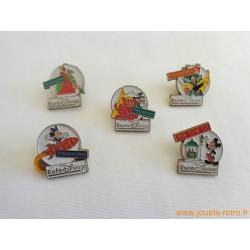 "lot pin's ""Euro Disney"""