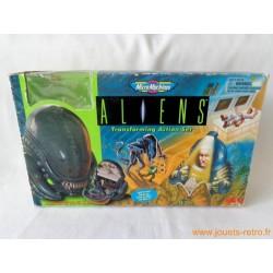 Aliens transforming set Micro-machines Galoob 1997