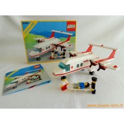 """Lego 6356 """"L'avion de la croix rouge"""""""
