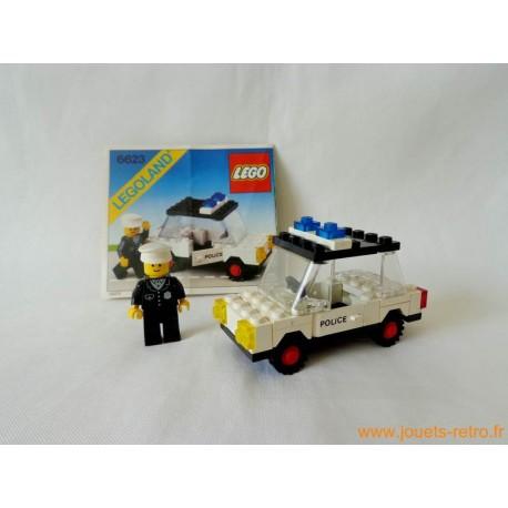 La voiture de police 6623 Lego
