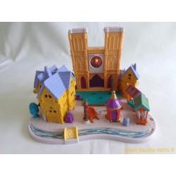 Le Bossu de Notre Dame Polly Pocket - 1995