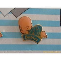 Pin's Babies - Charlot gros dodo