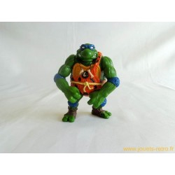 Cave Turtle Leo and his Dingy Dino - Les Tortues Ninja 1992