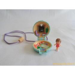 Lulu in her seaside locket Polly Pocket 1991
