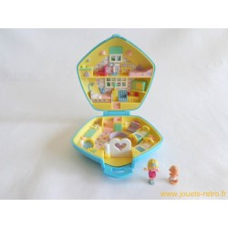Polly in the nursery Polly Pocket 1992